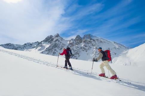 greg mortimer antarctica snowshoeing