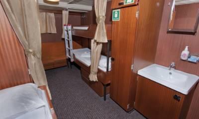 polar pioneer triple cabin