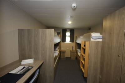 plancius triple cabin