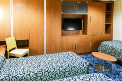 Ocean endeavour triple cabin