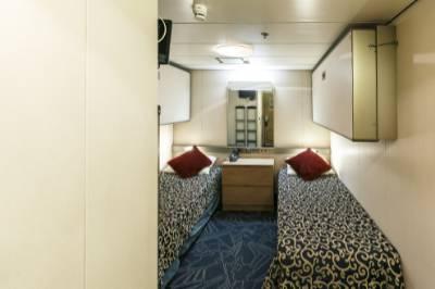 Ocean endeavour single inside cabin