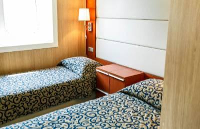 Ocean endeavour twin window suites