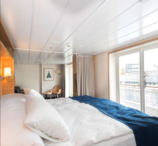 hurtigruten spitsbergen expedition suite cabin