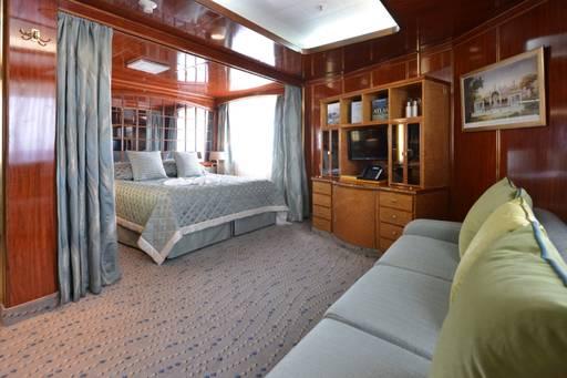 island sky deluxe suite cabin