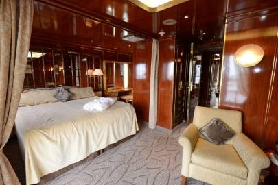 island sky owner's suite cabin