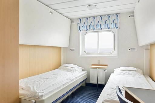 ocean nova antarctica twin cabin