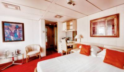 ocean diamond antarctica cruise balcony suite cabin