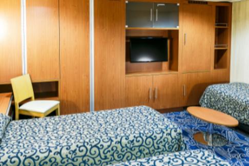 Ocean Endeavour Antarctica Triple cabin