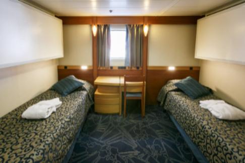 Ocean Endeavour Antarctica upper deck twin cabin
