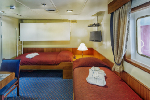 ocean adventurer Antarctica cruise superior twin cabin