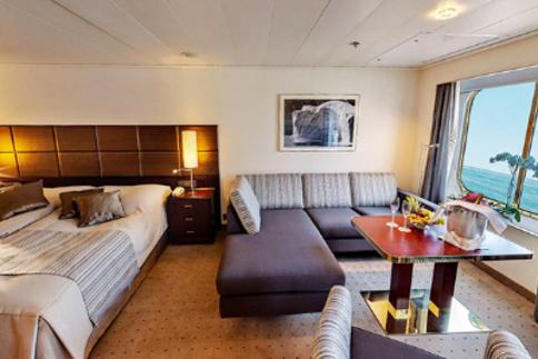 rcgs resolute antarctica cruise one ocean Suite cabin