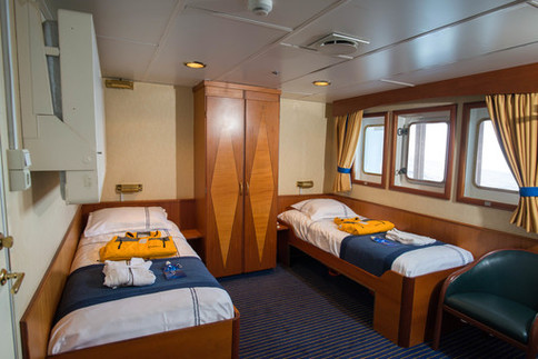 ocean adventurer superior twin cabin