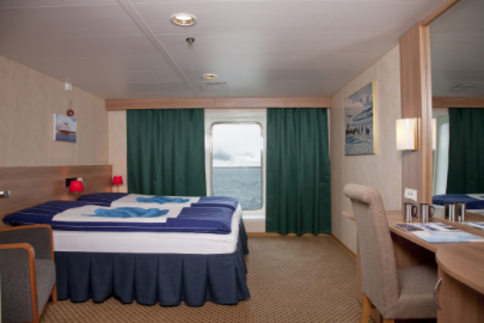 g expedition twin superior cabin antarctica cruise