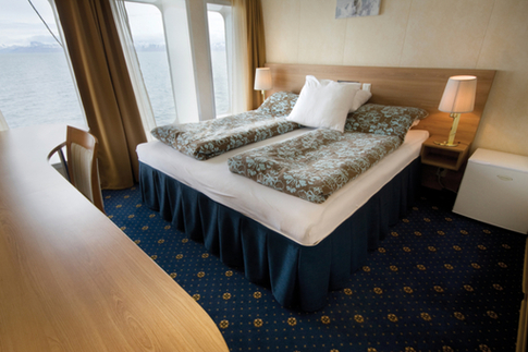 g expedition suite cabin antarctica cruise