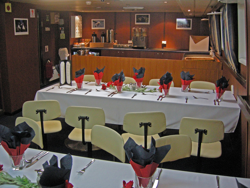 Spirit of Enderby dinning room, Antarctica cruise