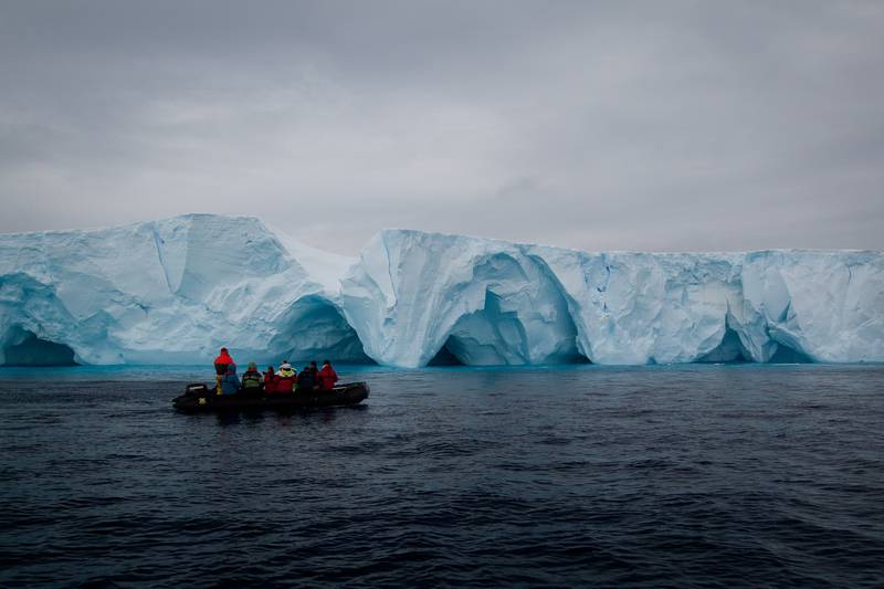 Zodiac Antarctica tour, Antarctica cruise from New Zealand