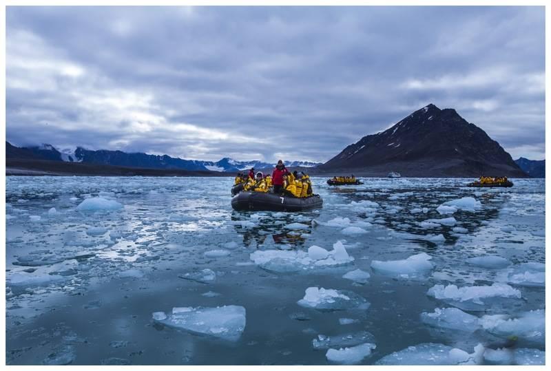 Zodiac cruise, Spitsbergen, Arctic Polar bear cruise