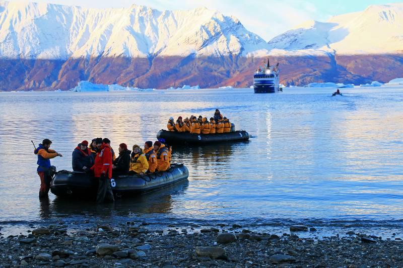 Zodiac exploring, Arctic cruise