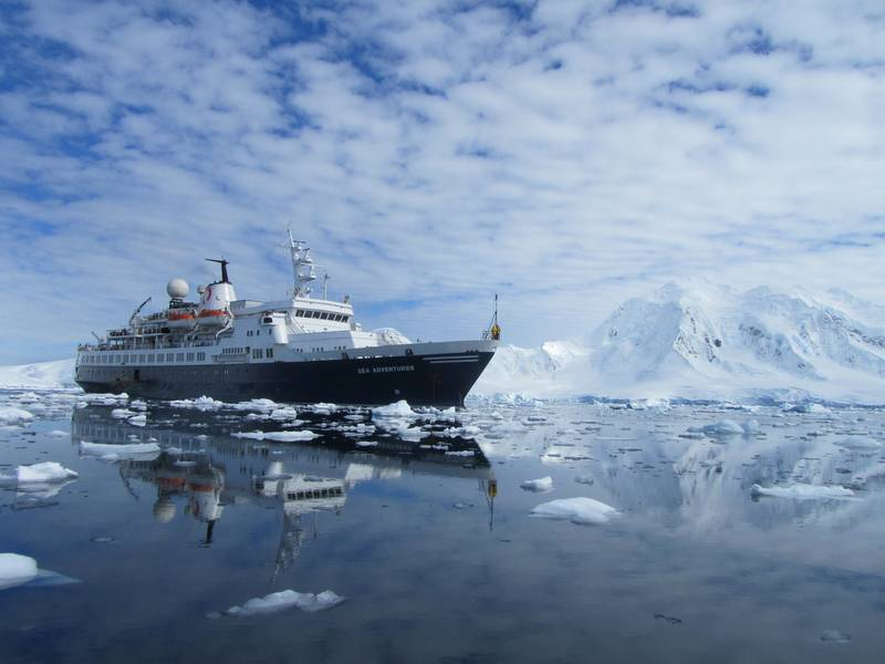 Ocean Adventurer, Cruise to Antarctica