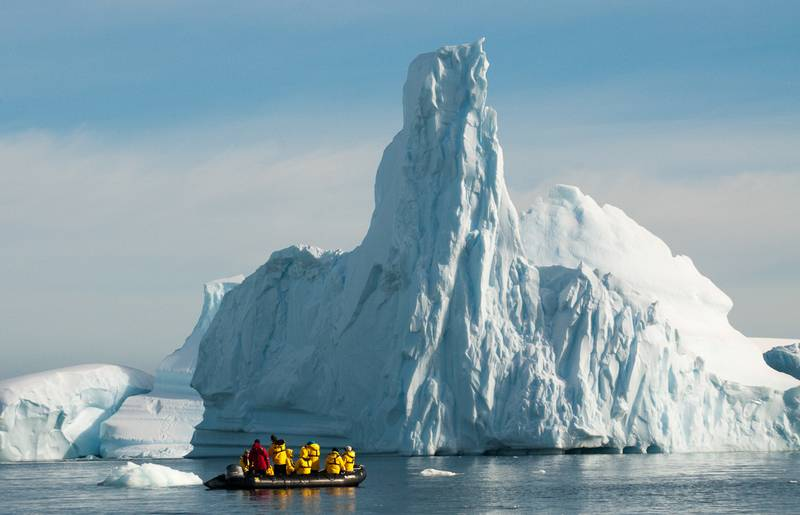Zodiac cruise to huge iceberg, Cruise to Antarctica