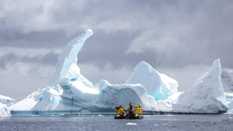 Zodiac cruise among icebergs, Cruise to Antarctica