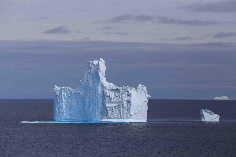 Iceberg in Antarctica, Cruise to Antarctica