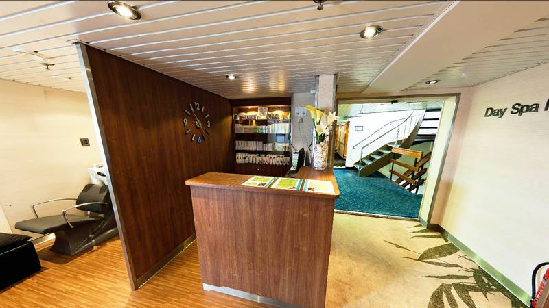 Ocean Endeavour Day spa, Cruise to Antarctica