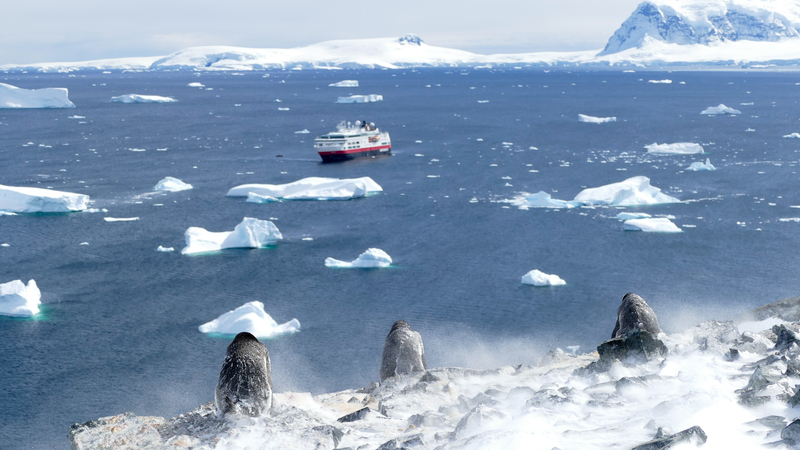 Fram in Antarctica, Cruise to Antarctica
