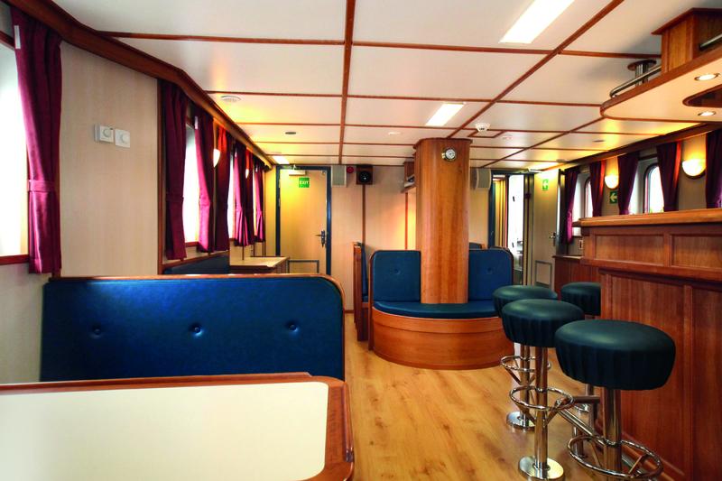 Rembrandt van rijn bar, Arctic cruise
