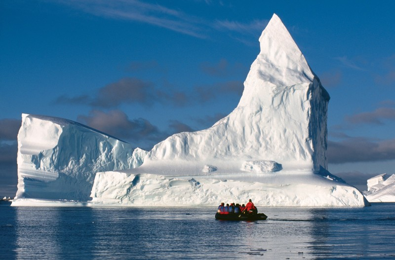Zodiac cruise in the Weddell Sea, Huge ice berg, Cruise to Antarctica
