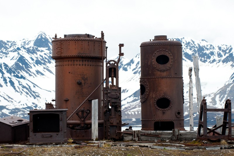 Arctic whaling station, Arctic cruise