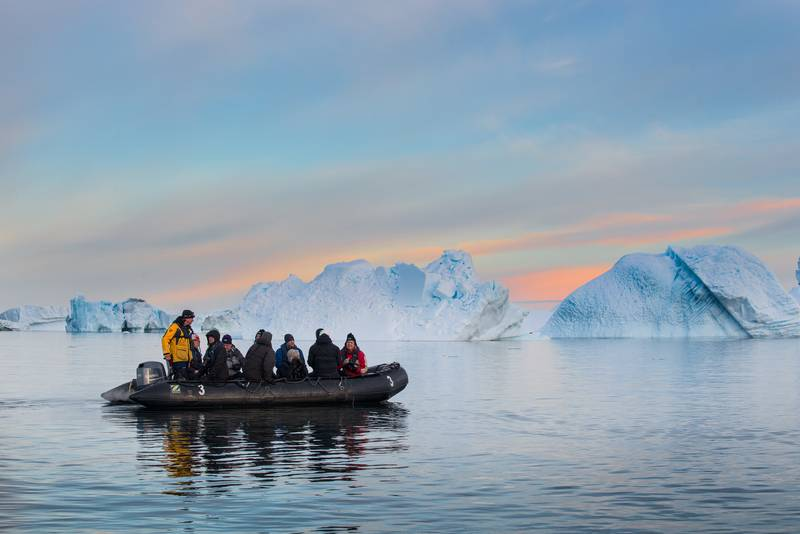 Majestic Zodiac cruise in Antarctica, Cruise to Antarctica
