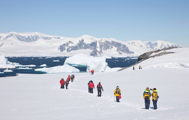 Hiking in Antarctica, Cruise to Antarctica