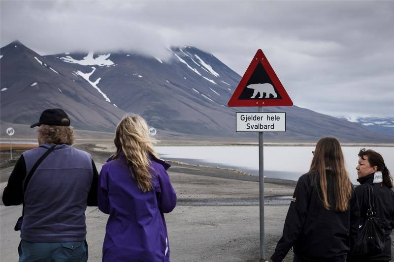 Hiking in Svalbard, Arctic cruise