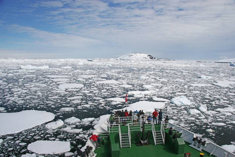 G Expedition bow in Antarctica, Cruise to Antarctica
