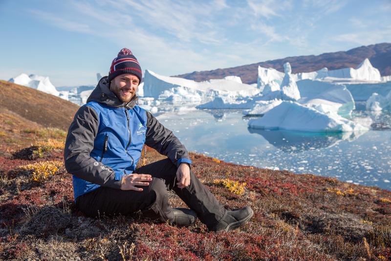 Arctic tourists, Arctic cruise