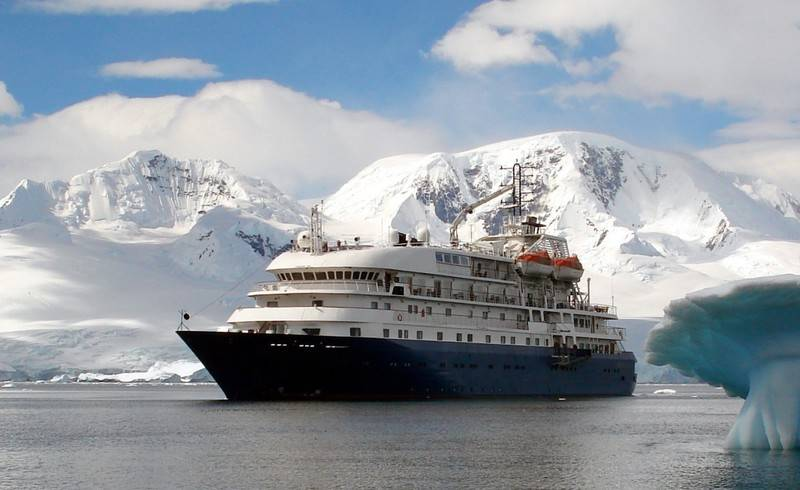 Hebridean Sky, Antarctic cruise ship
