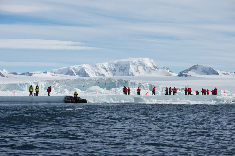 Antarctica landing, Cruise to Antarctica