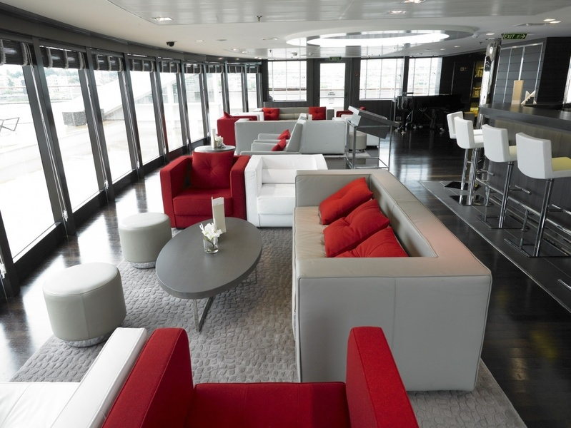 La Boreal Lounge, Antarctic cruise ship