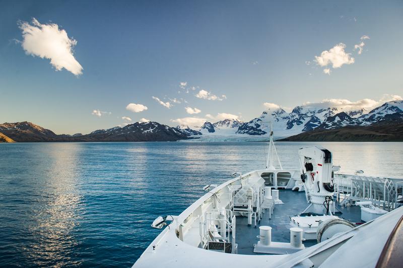 Antarctic cruise ship bow, Cruise to Antarctica