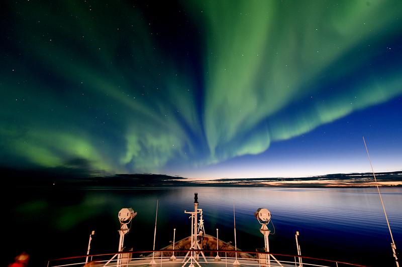 Northern lights Greenland, Arctic cruise