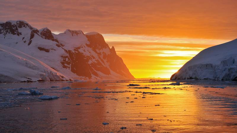 Antarctica sunset, Cruise to Antarctica