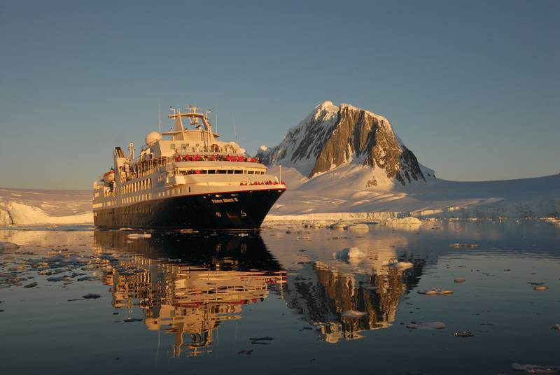 Silver Explorer in Antarctica, Antarctic cruise ship