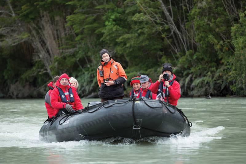 Zodiac cruise in Patagonia, Patagonia cruise