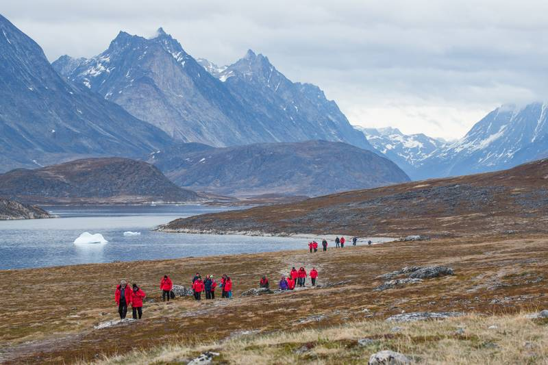 Arctic hiking, Arctic cruise