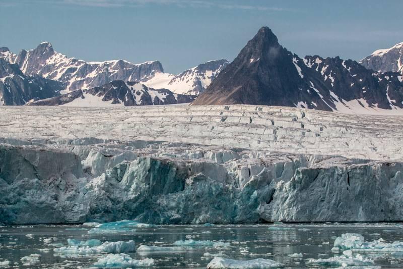 Arctic glacier, Arctic cruise