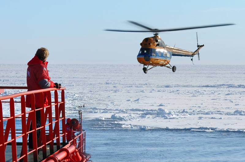 50 Years of Victory ship helicopter tour, Cruise to North Pole