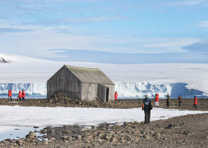 Arctic trappers huts, Cruise to the Arctic
