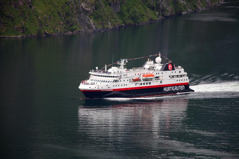 Spitsbergen, Northern Lights cruise