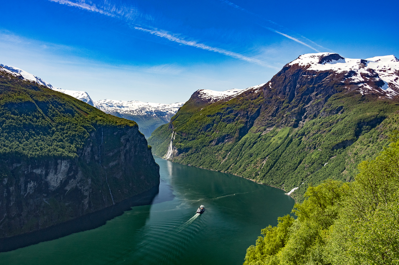 Norway fjords, Northern Lights cruise